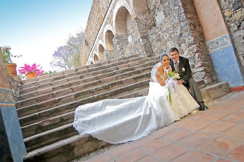 sixes-car-service-wedding-transportation